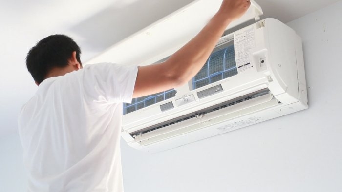 air cond maintenance